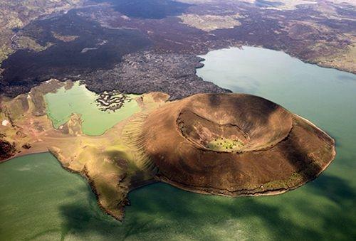 Teleki vulkán